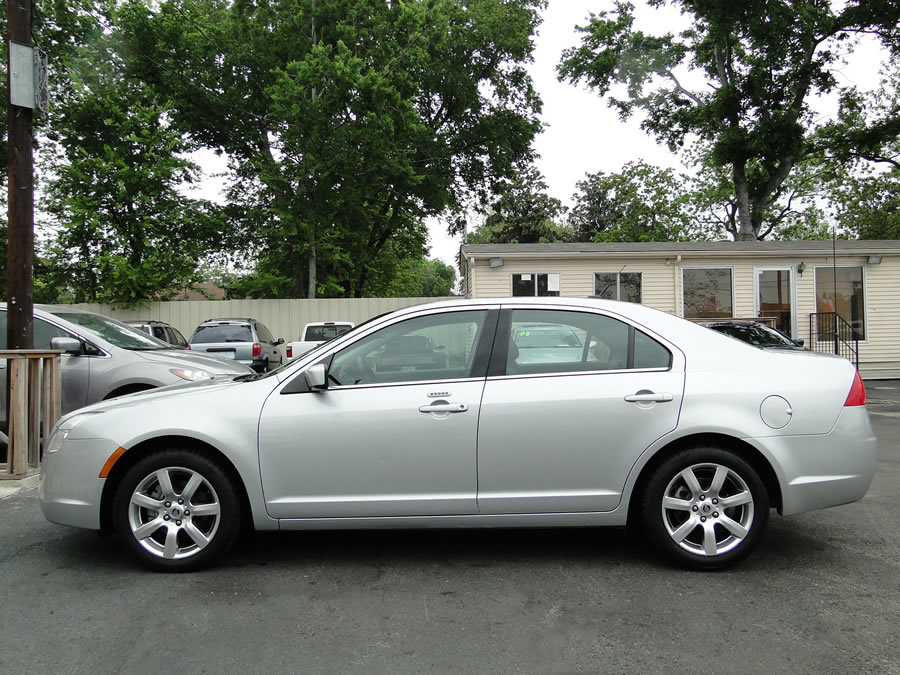 Purchase Used 2010 Mercury Milan Premier Edition Roof 3